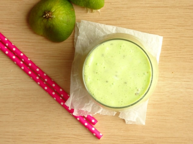 This healthy smoothie recipe is packed with delicious key lime flavor and has enough protein and fiber to keep you full until lunchtime! No weird, hard-to-find ingredients. Just simple, yummy ingredients you've probably already got at home.