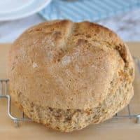Create image for easy Irish soda bread recipe.