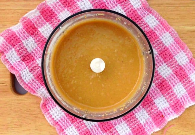 Homemade Peanut Butter #Recipe - this from-scratch version is a cheaper, healthier and more natural version than the stuff you get in the stores. If you love peanut butter and you've never made your own before, you've got to try it!   www.happyhealthymotivated.com