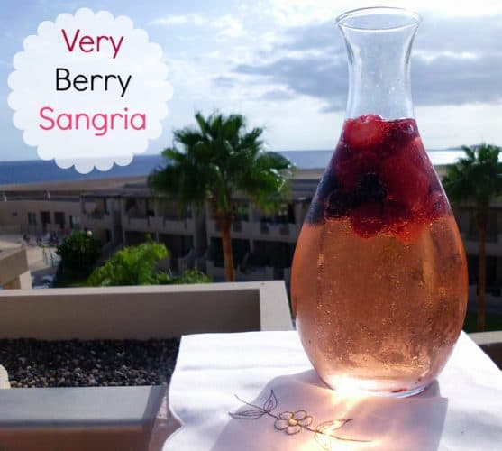 Very Berry Sangria | www.happyhealthymotivated.com