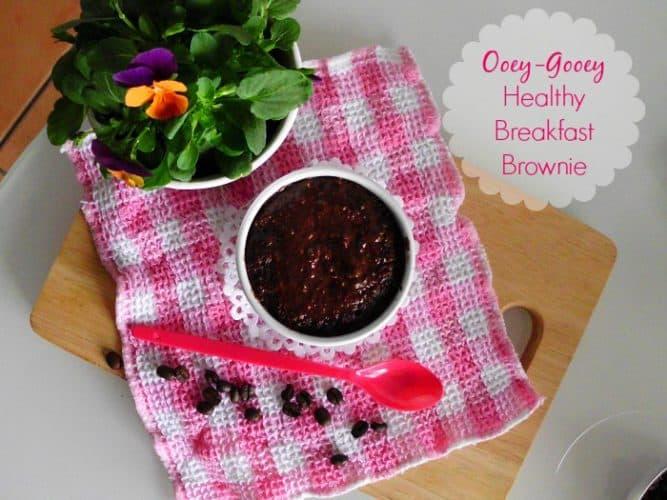 Ooey-Gooey Healthy Breakfast Brownie | www.happyhealthymotivated.com