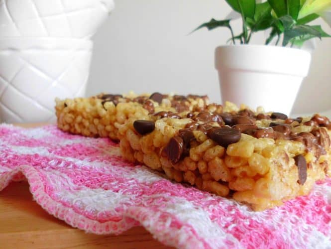 Skinny Chocolate Peanut Butter Rice Krispie Treats for Two | www.happyhealthymotivated.com