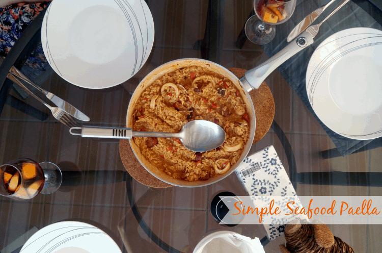 Simple Seafood Paella | www.happyhealthymotivated.com