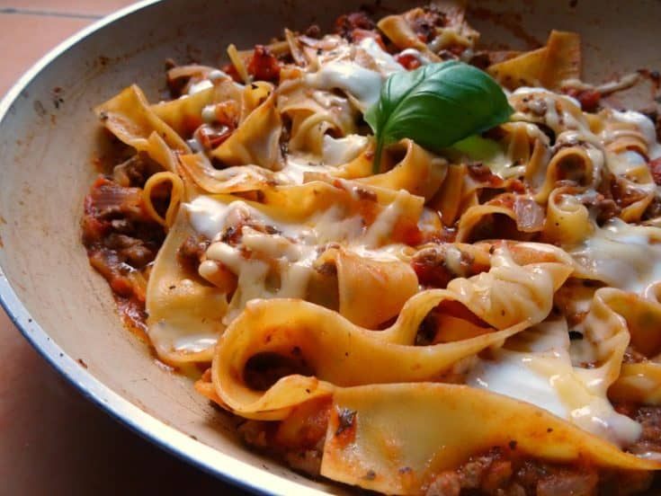 30-Minute Skillet Lasagne Recipe | www.happyhealthymotivated.com