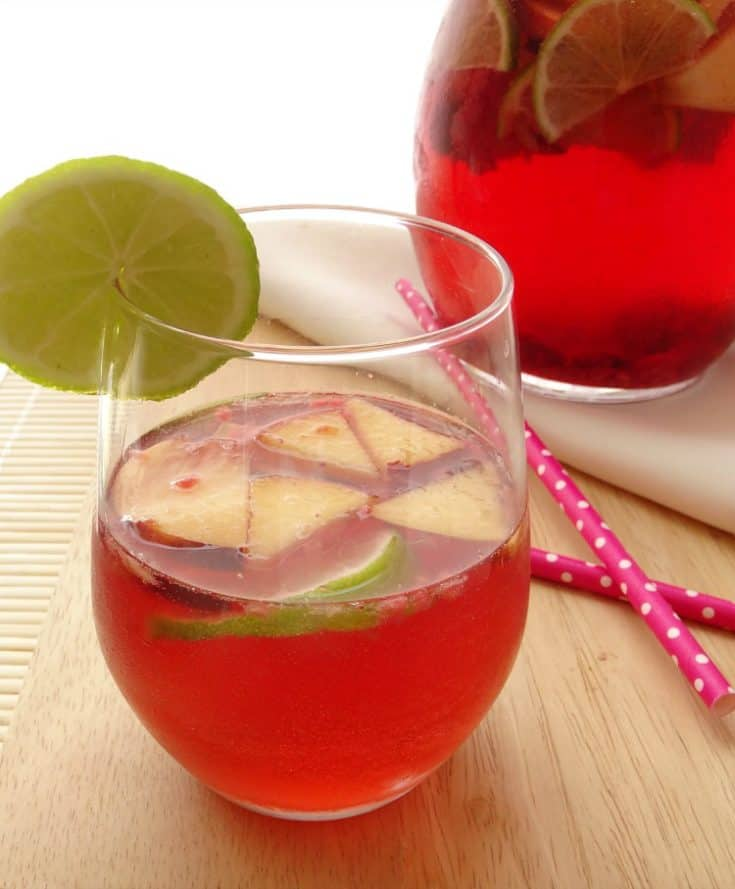 Cocktail recipes rose sangria for Sangria recipe red wine triple sec