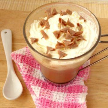 Starbucks-Inspired Cinnamon Dolce Latte Recipe | www.happyhealthymotivated.com