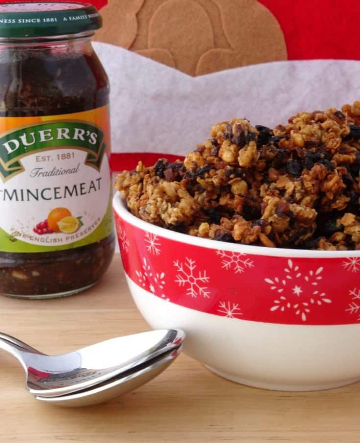 Mince Pie Granola Christmas Breakfast Recipe | www.happyhealthymotivated.com