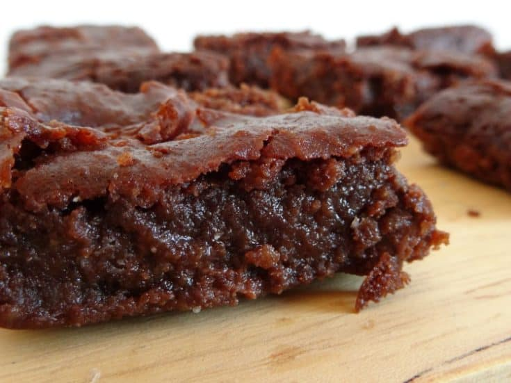 The Best Ever Healthy Double Chocolate Brownies Recipe | www.happyhealthymotivated.com