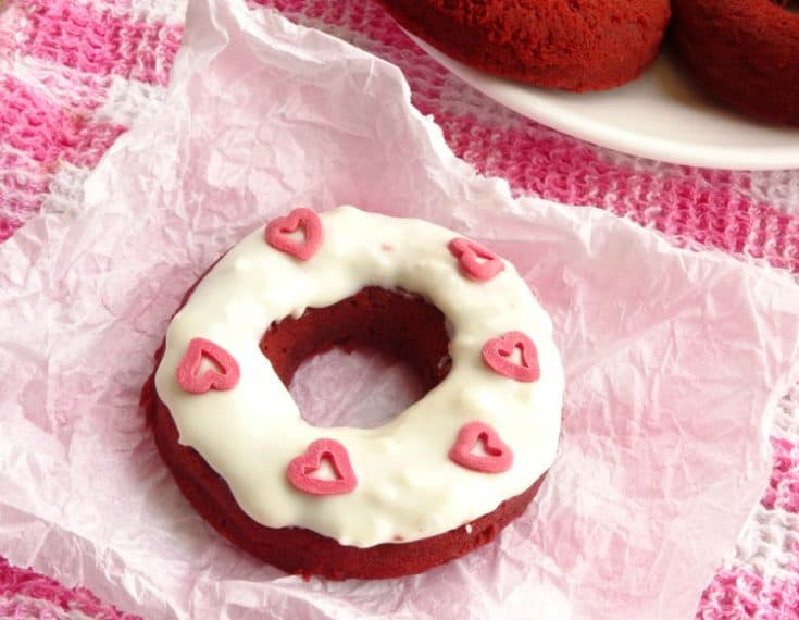 Skinny Red Velvet Baked Cake Donuts Recipe | www.happyhealthymotivated.com