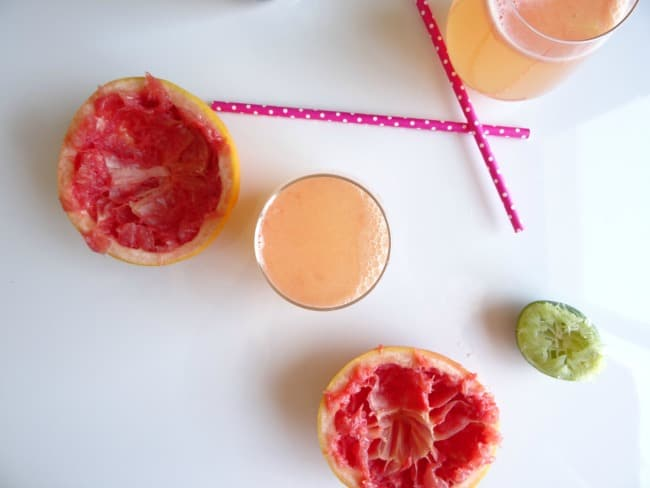 Grapefruit Beergaritas Recipe - sweet, fruity and refreshing summer cocktails for Cinco de Mayo! | www.happyhealthymotivated.com