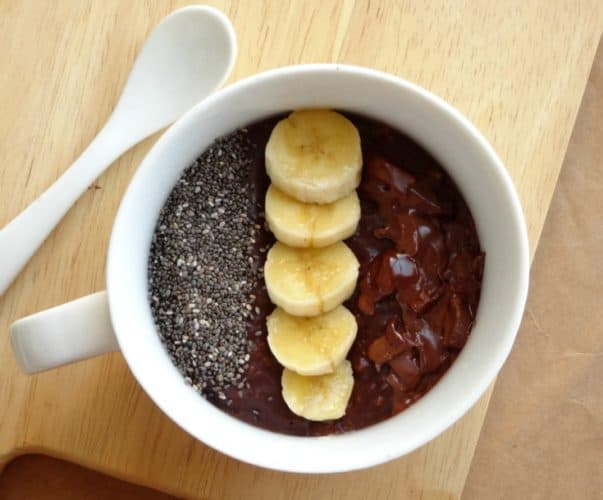 Healthy Double Chocolate Chia Banana Oatmeal Recipe - this is my favourite breakfast recipe of all time! It's so rich and chocolatey that it tastes more like dessert than breakfast! Plus it's less than 400 calories and only takes 10 minutes to make. Perfect for busy weekday mornings!