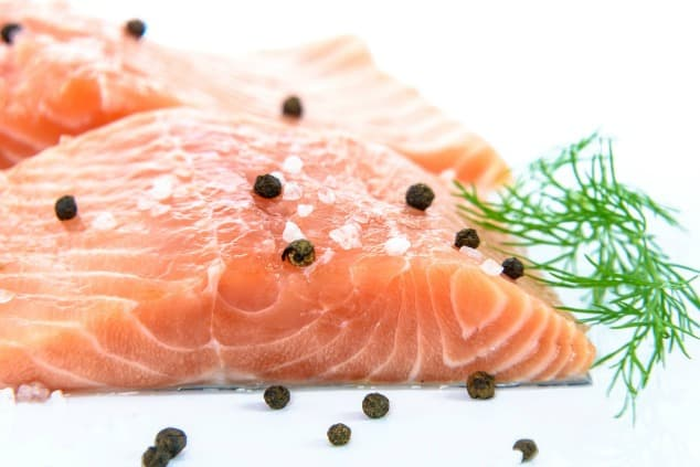 A fillet of salmon with black pepper
