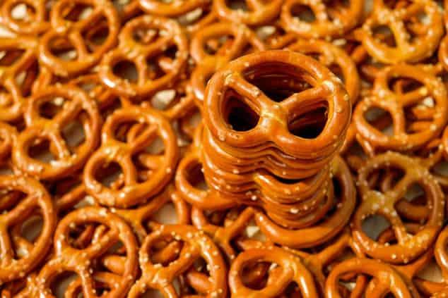 Low FODMAP Snacks - pretzels