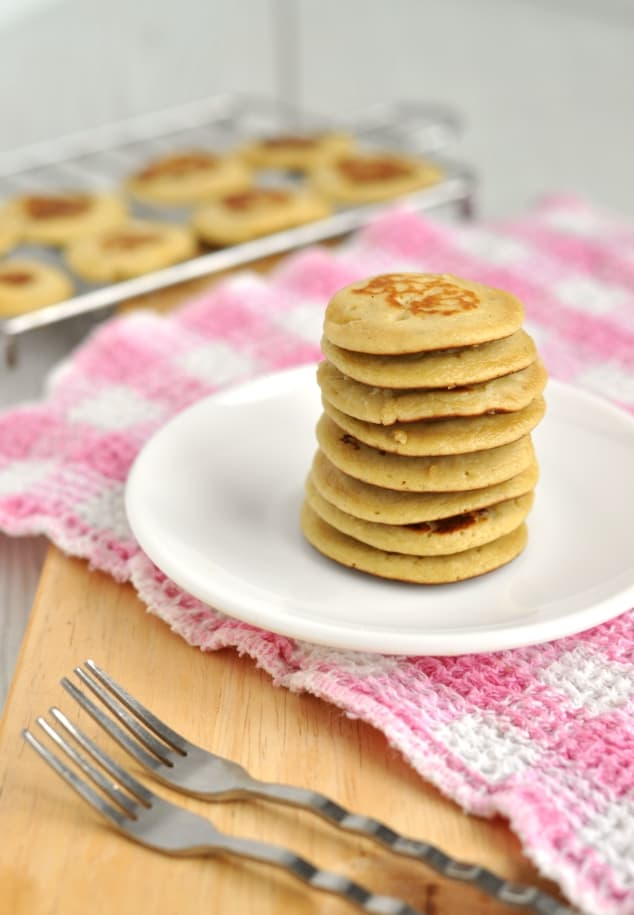 Healthy 3 Ingredient Banana Pancakes stacked in a tower